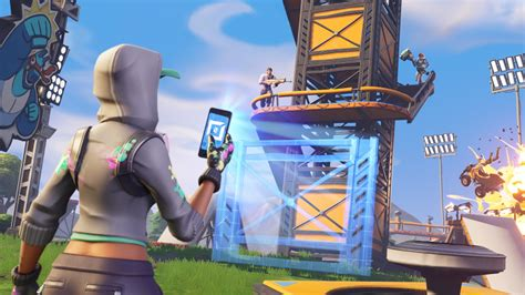 Teen Found Apple's FaceTime Bug While Playing 'Fortnite