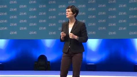 Circular Economy with Dame Ellen MacArthur – The One Young