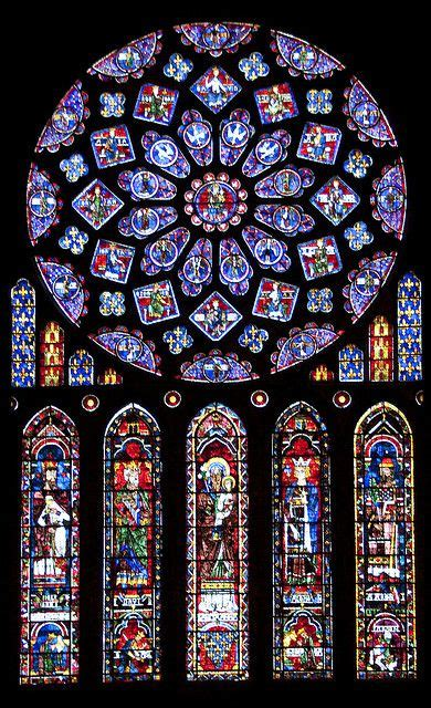Stained glass rose window Chartres Cathedral | Vitraux de