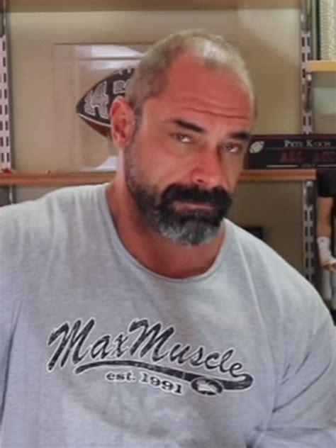 Compare Conan Stevens' height, weight, date of birth with